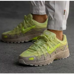 NWT NIKE P-6000 Sneakers,  BV1021-301, sz 10 Women
